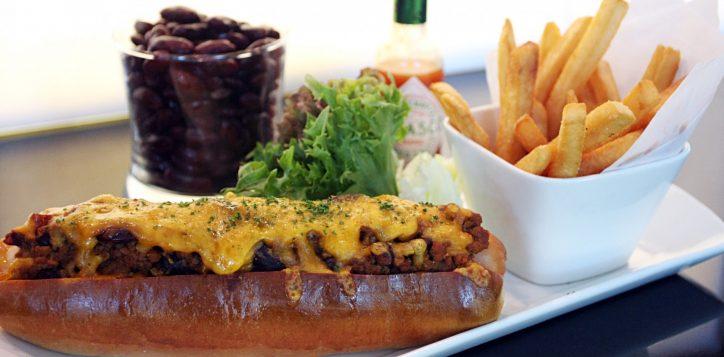 chilli-cheese-hot-dog-2-web-2