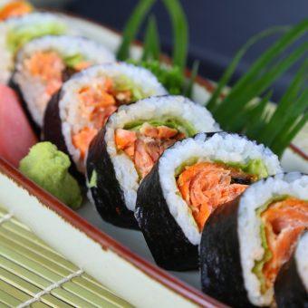 salmon-teri-maki-roll